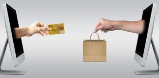 Dlaczego Polacy tak często kupują w sieci