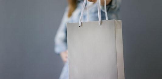 Czym cechują się nowoczesne torby papierowe